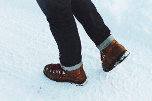 Zout uit schoenen verwijderen